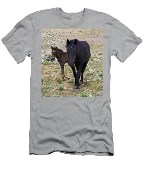 Wild Mustang Mare And Foal Men's T-Shirt (Athletic Fit)