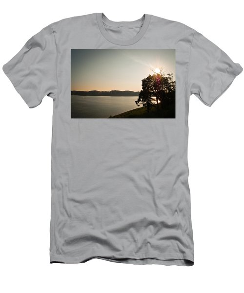 Lake Cumberland Sunset Men's T-Shirt (Athletic Fit)