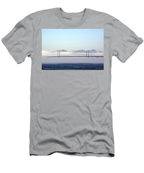 Kessock Bridge, Inverness Men's T-Shirt (Athletic Fit)