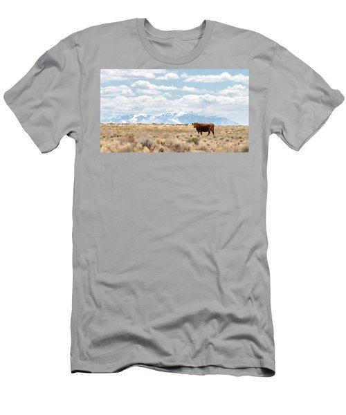 49923 Landscape Its A Cow Men's T-Shirt (Athletic Fit)