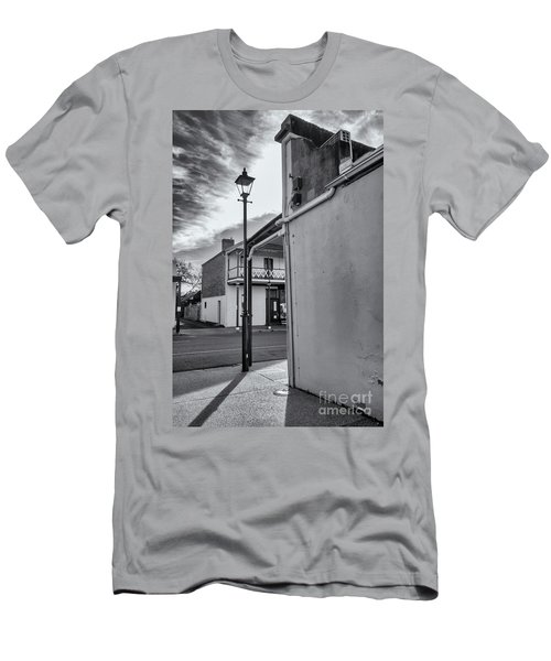 Men's T-Shirt (Athletic Fit) featuring the photograph A Glimpse by Linda Lees