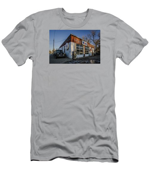A Vintage Gas Station And Vintage Cars In Early Morning Light Men's T-Shirt (Athletic Fit)