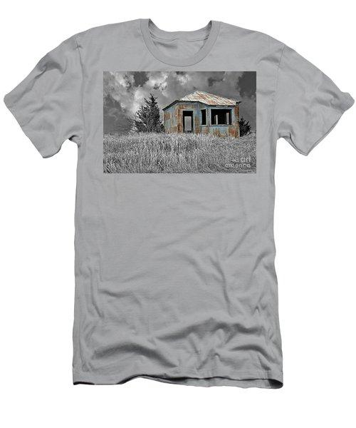 Abandon Railroad Shack Men's T-Shirt (Athletic Fit)