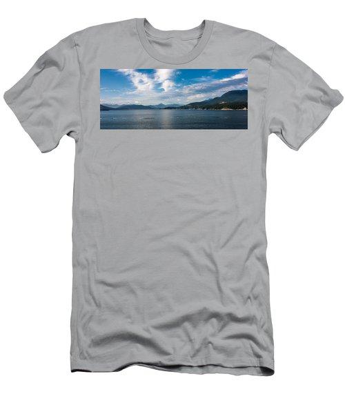 Alaska Beauty Men's T-Shirt (Athletic Fit)