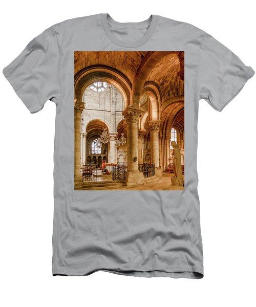 Poissy, France - Altar, Notre-dame De Poissy Men's T-Shirt (Athletic Fit)