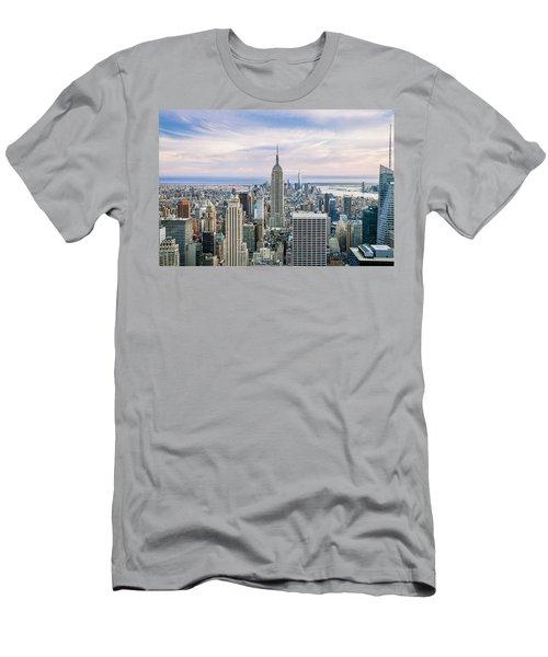 Amazing Manhattan Men's T-Shirt (Athletic Fit)