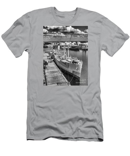American Victory Men's T-Shirt (Slim Fit) by Ken Frischkorn
