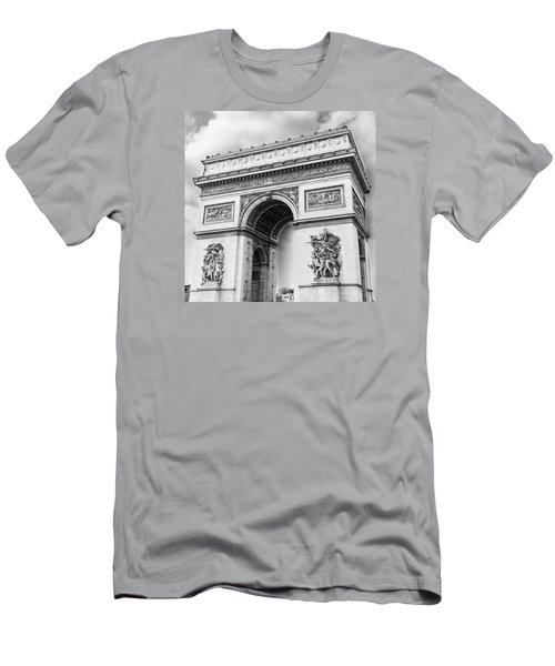 Arch Of Triumph - Paris - Black And White Men's T-Shirt (Athletic Fit)
