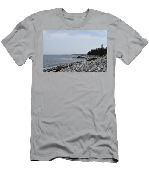 Back Beach Men's T-Shirt (Athletic Fit)