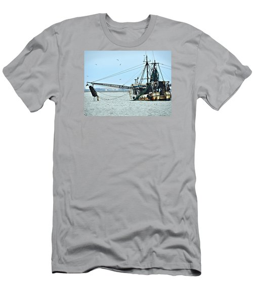 Barely Makin' Way Men's T-Shirt (Slim Fit)