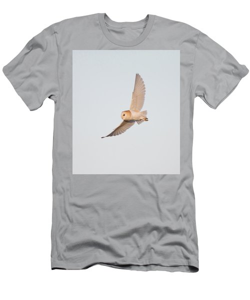 Barn Owl Hunting Men's T-Shirt (Athletic Fit)