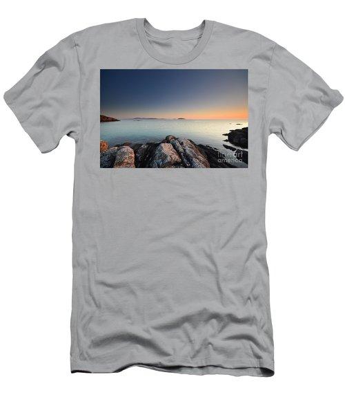 Barra Views Men's T-Shirt (Athletic Fit)