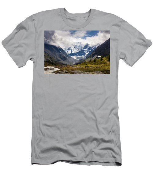 Belukha Mountain. Altay. Russia Men's T-Shirt (Athletic Fit)