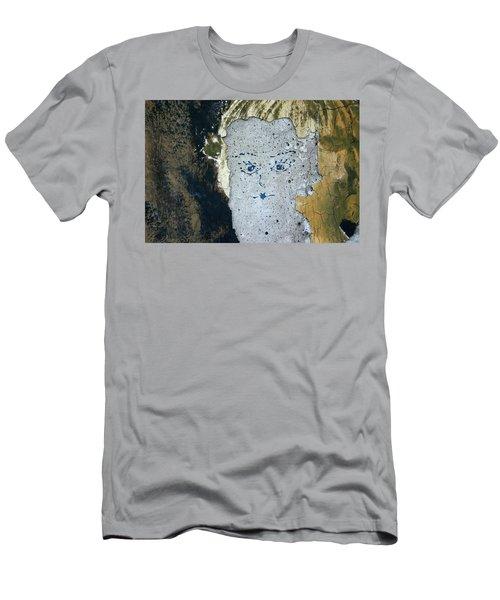 Berlin Wall Mural Men's T-Shirt (Athletic Fit)