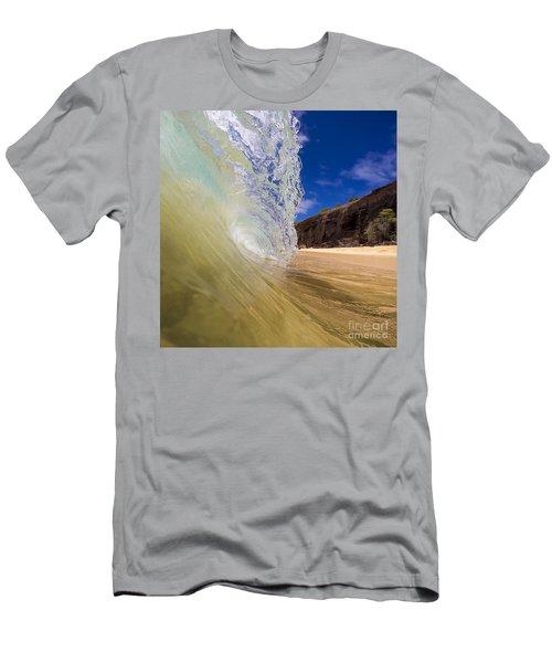 Big Beach Maui Shore Break Wave Men's T-Shirt (Athletic Fit)