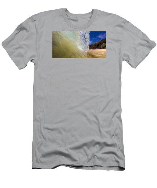 Big Beach Maui Shore Break Wave Wide  Men's T-Shirt (Athletic Fit)