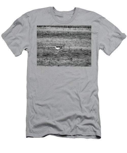 Black-necked Stilt Monochrome  Men's T-Shirt (Athletic Fit)