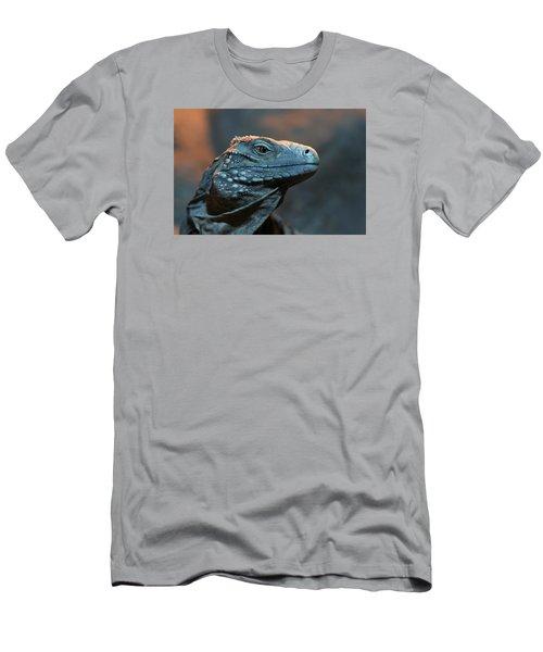 Blue Iguana Men's T-Shirt (Athletic Fit)