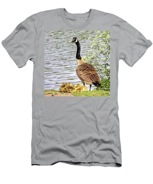 Branta Canadensis  #canadagoose Men's T-Shirt (Slim Fit)