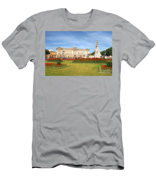 Buckingham Palace And Garden Men's T-Shirt (Athletic Fit)