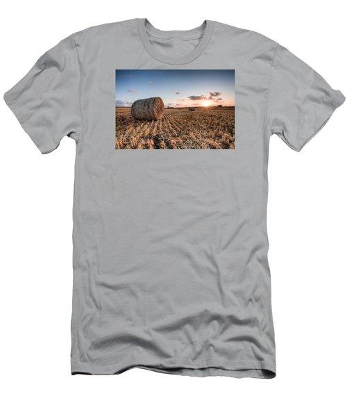 Bundy Hay Bales #5 Men's T-Shirt (Athletic Fit)
