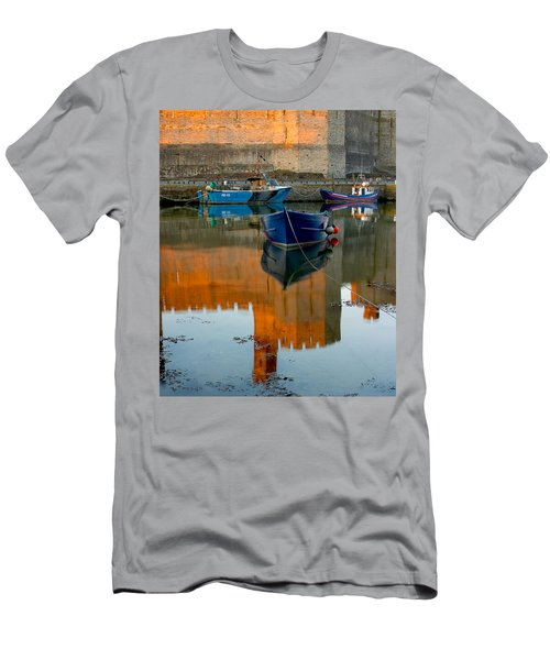 Caernarfon Reflections Men's T-Shirt (Athletic Fit)
