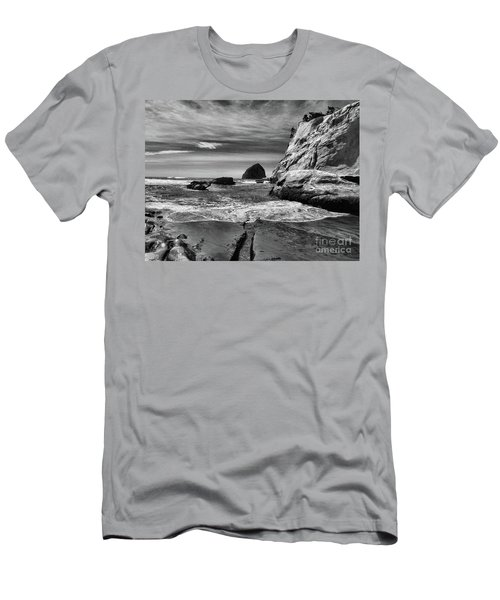 Cape Kiwanda Seascape Men's T-Shirt (Slim Fit) by Scott Cameron