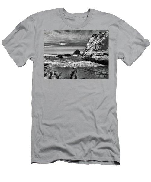 Cape Kiwanda Seascape Men's T-Shirt (Athletic Fit)