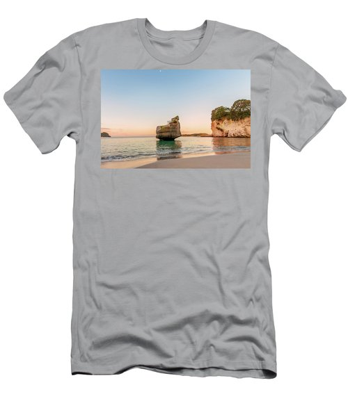 Cathedral Cove, New Zealand Men's T-Shirt (Athletic Fit)