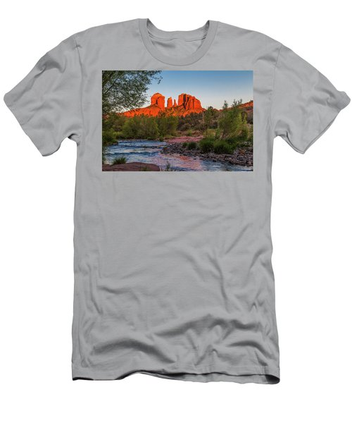 Cathedral Rock At Red Rock Crossing Men's T-Shirt (Athletic Fit)
