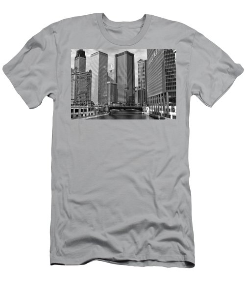 Chicago River Men's T-Shirt (Athletic Fit)