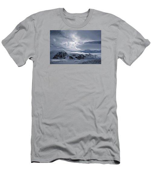Cirque Du Soleil Men's T-Shirt (Athletic Fit)