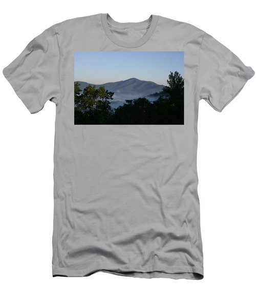 Cold Mountain North Carolina Men's T-Shirt (Athletic Fit)