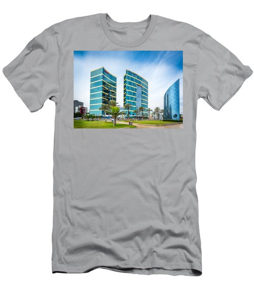 Colour Buildings Lima. Men's T-Shirt (Athletic Fit)
