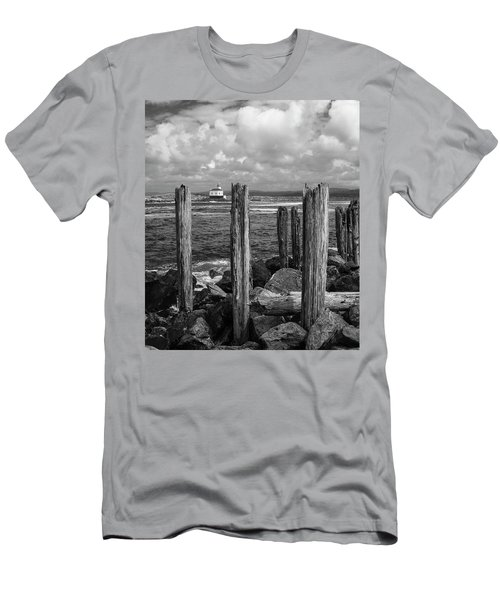 Coquille Lighthouse Men's T-Shirt (Athletic Fit)