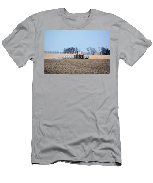 Corn Planting Men's T-Shirt (Athletic Fit)