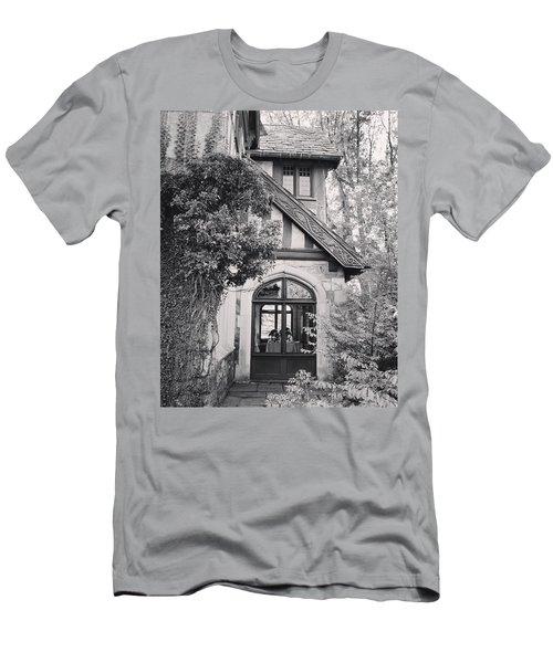 Cottage Entrance Men's T-Shirt (Athletic Fit)
