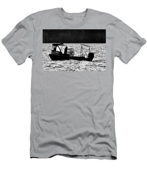 Crabbing On The Pamlico Men's T-Shirt (Athletic Fit)