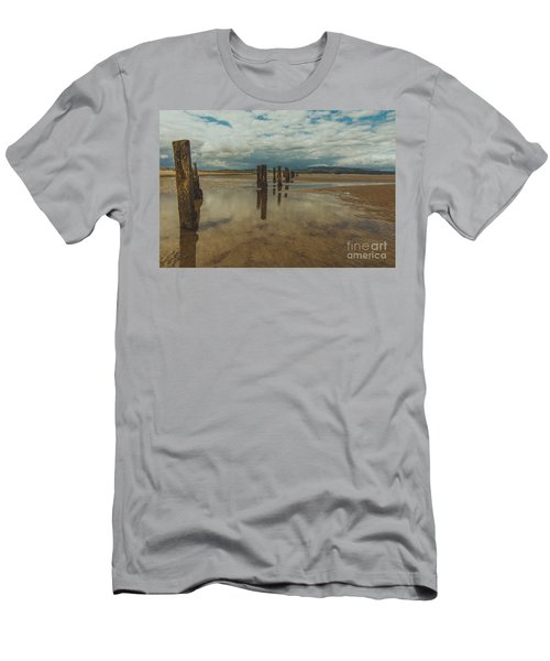 Cunnigar Beach 2 Men's T-Shirt (Athletic Fit)
