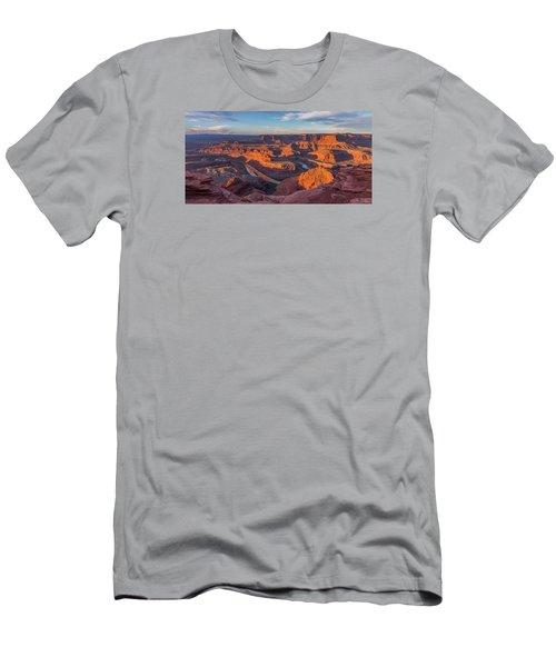 Dead Horse Point Sunrise Panorama Men's T-Shirt (Athletic Fit)