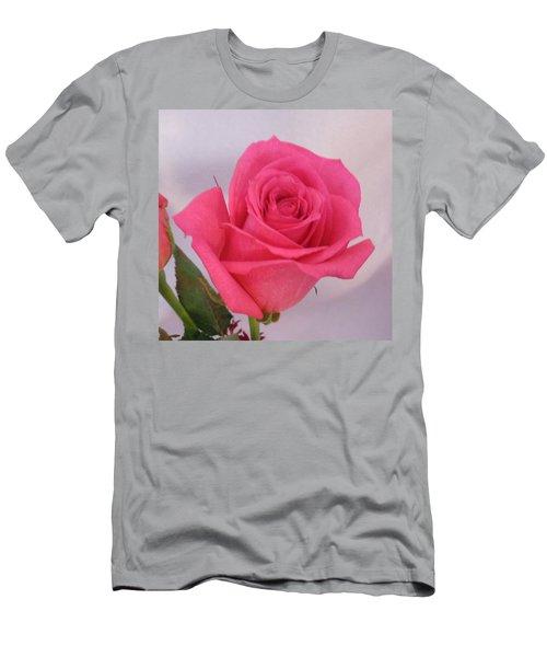 Single Deep Pink Rose Men's T-Shirt (Athletic Fit)