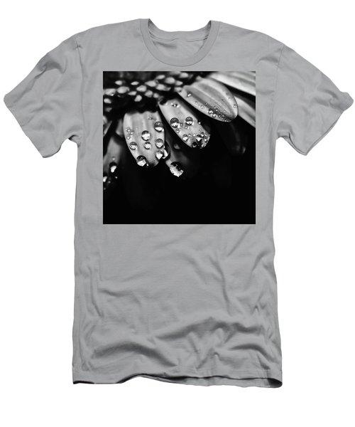Dew Drops Men's T-Shirt (Athletic Fit)