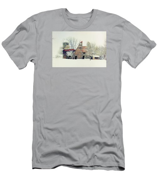 Drafty Old Barn Men's T-Shirt (Athletic Fit)