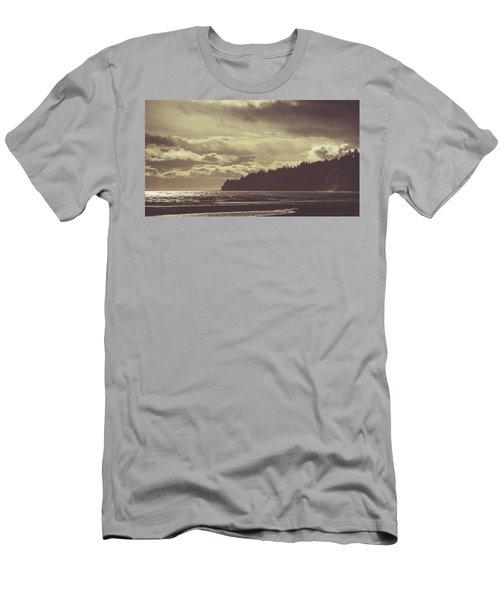 Dreamy Coastline Men's T-Shirt (Athletic Fit)