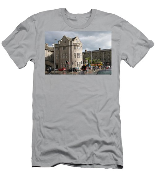 Dublin Near Pearse Street Men's T-Shirt (Athletic Fit)