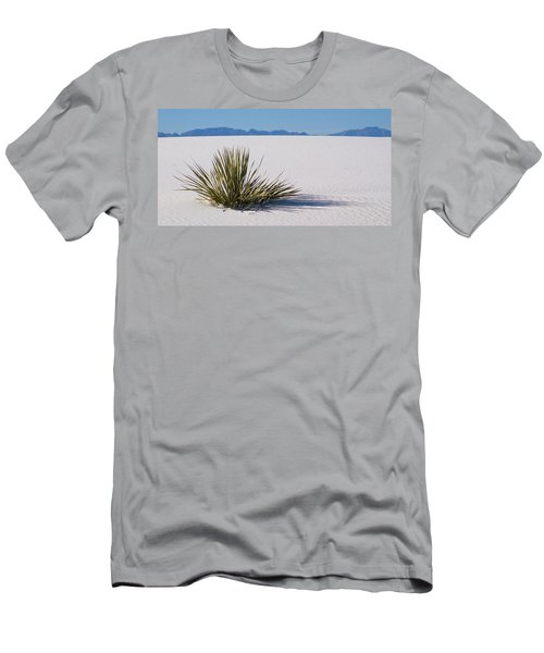 Dune Plant Men's T-Shirt (Athletic Fit)