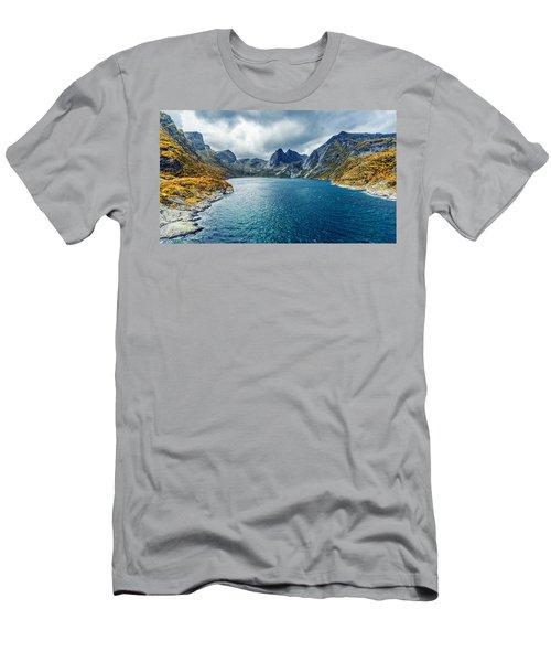 Dupfjorden Men's T-Shirt (Athletic Fit)