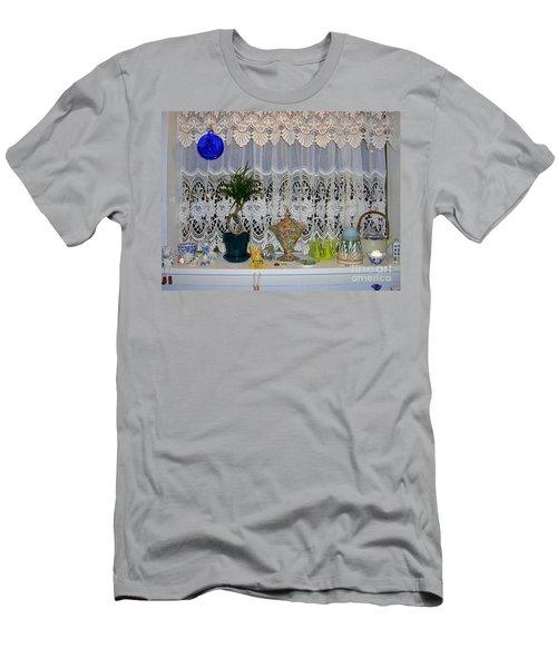 Dutch Lace Men's T-Shirt (Athletic Fit)