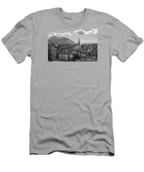 Edinburgh - Arthur's Seat Men's T-Shirt (Athletic Fit)