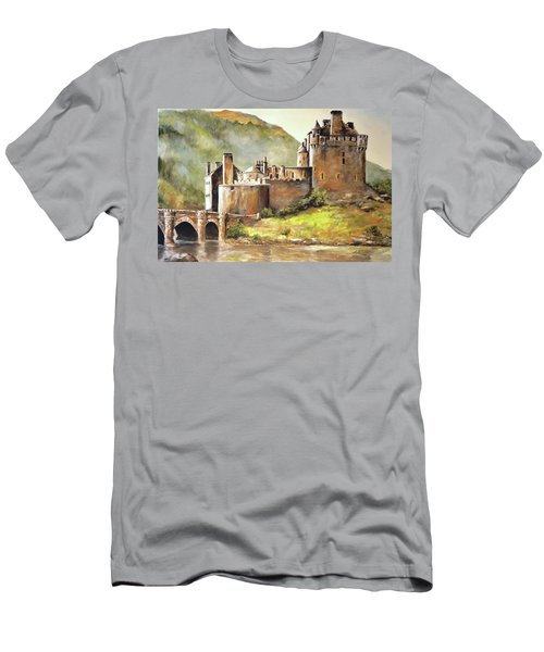 Eilean Donan Castle Men's T-Shirt (Athletic Fit)